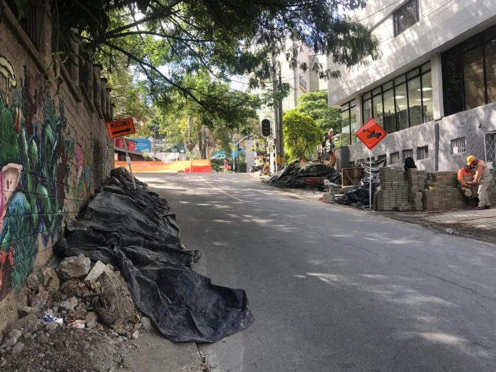 Cruce avenida El Poblado con calle 11A