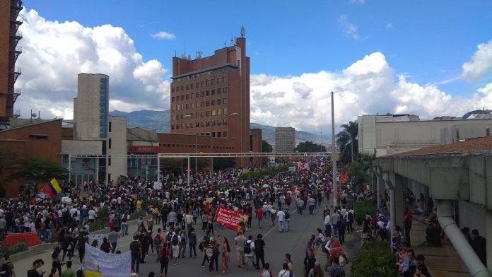 marcha del 4 de diciembre en Medellín