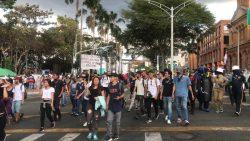 Ciudadanos denuncian desmanes del Esmad en el Parque del Poblado