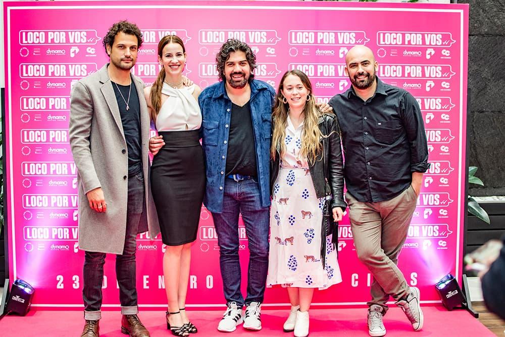 Premiere de Loco por vos Roberto urbina, Laura Londoño y productores