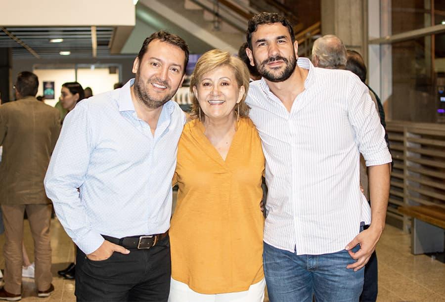 Carlos ignacio Cardona, Luz gabriela Gómez y Diego Aristizábal