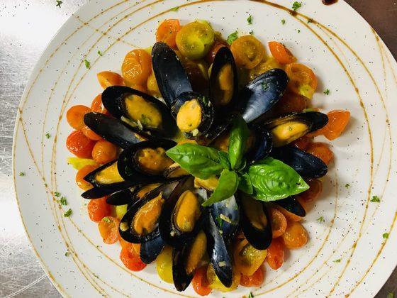 Comida italiana en Medellín Cozze alla marinera