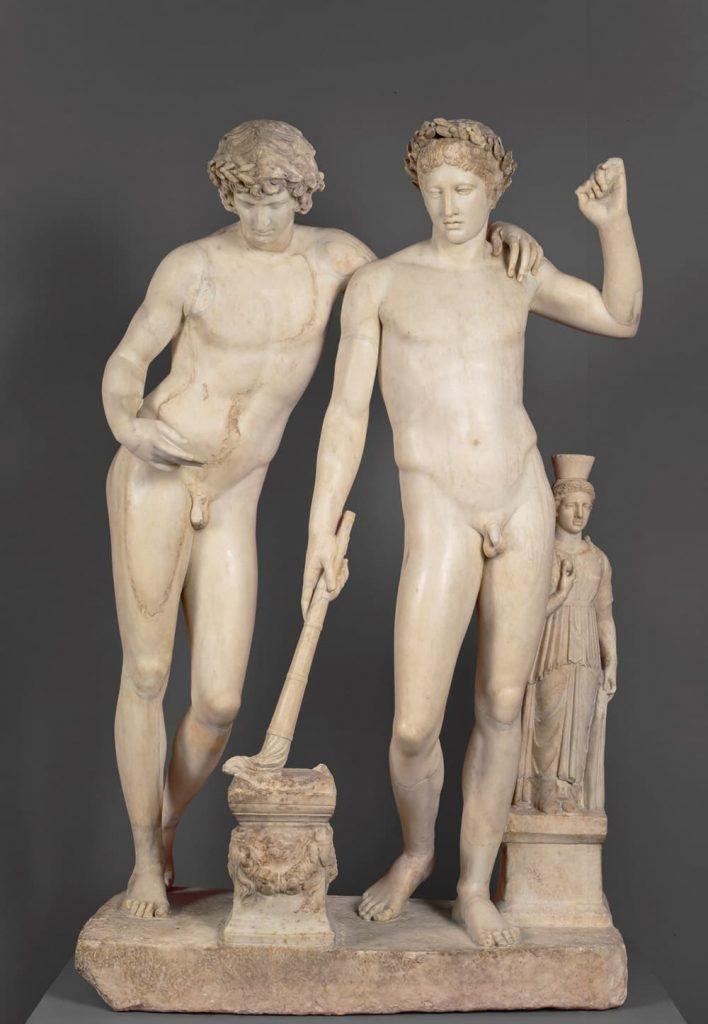 Orestes y Pílades o Grupo de San Ildefonso Hacia 10 a.C.. Mármol blanco de Carrara, 161 x 106 cm.