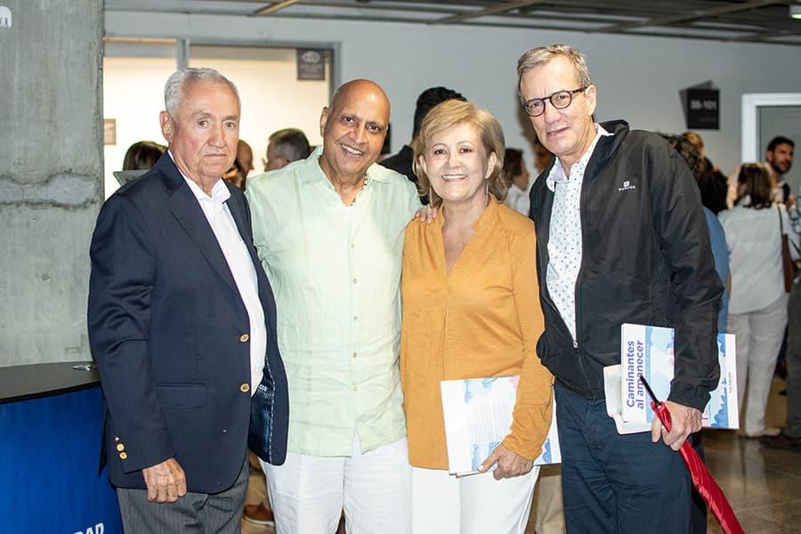 Oscar Mayungo, Haravadan Shah, Luz gabriela Gómez y Ricardo Gómez