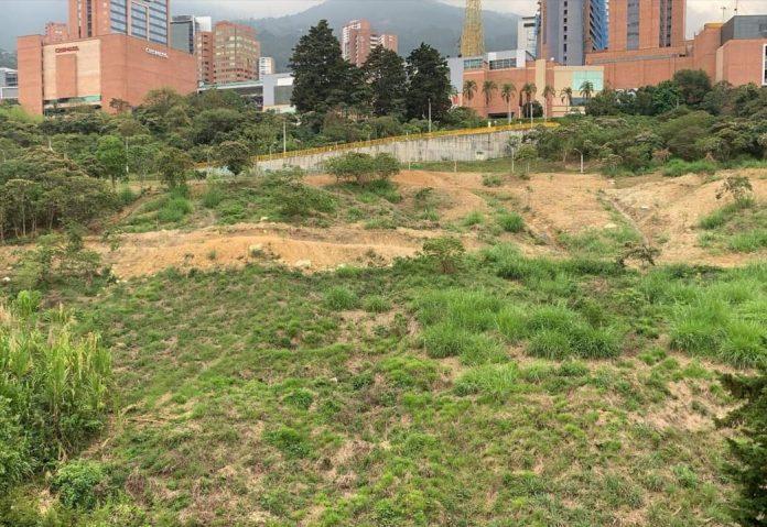 Construcción parque abandonada