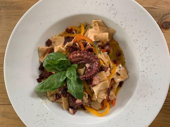 Comida italiana en Medellín Pasta Pulpo y Pimenton