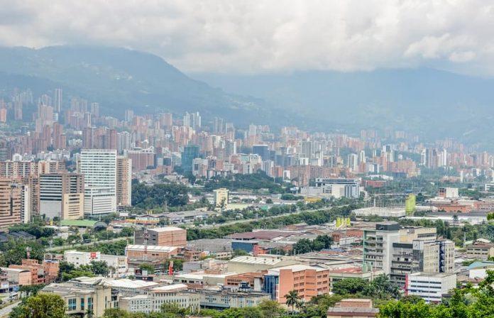 Pico y placa ambiental en Medellín