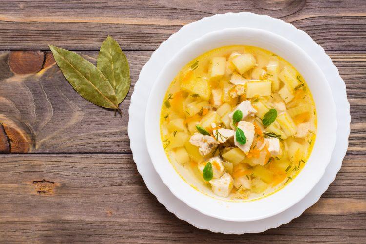 Recetas fáciles Sopa de pollo y zucchini