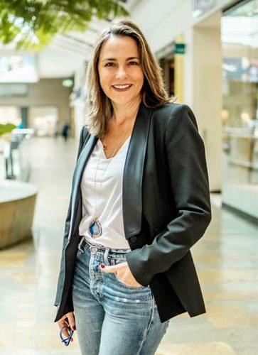 Adriana González, gerente de El Tesoro.
