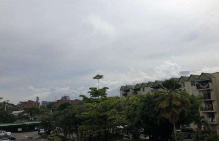 Panorama en la mañana desde el sur del Aburrá.