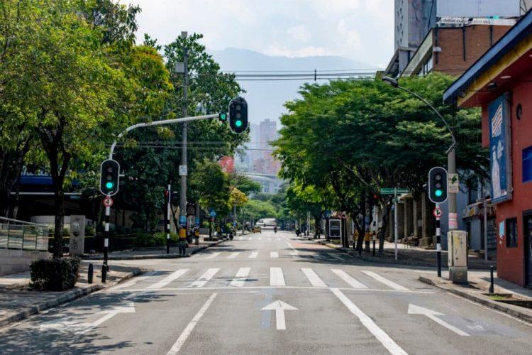 Panorama nunca antes visto de la calle 10, en El Poblado.