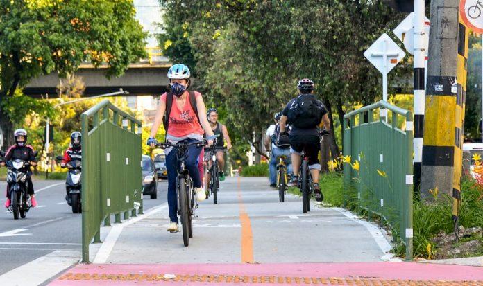 Montar en bicicleta, como práctica deportiva durante el aislamiento, también fue una opción anunciada por el Gobierno Nacional que en el Aburrá no quedó mencionada ni como permitida ni como prohibida.