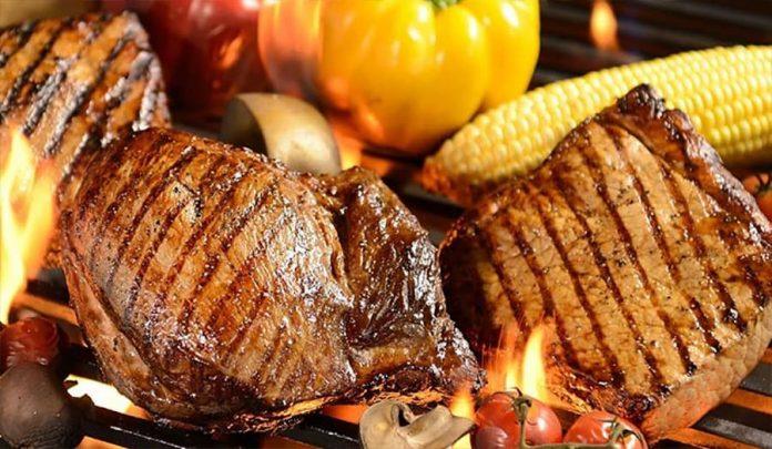 Carbonetto es parrilla, comida típica