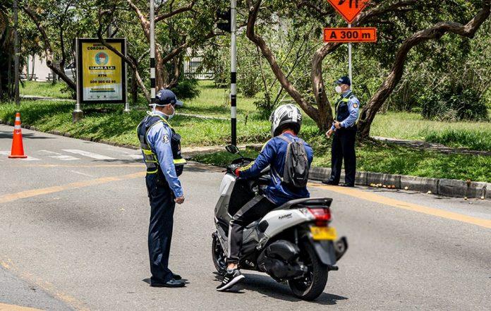En cuanto a las multas de tránsito, no se incluyen las correspondientes a los comparendos impuestos en vías nacionales por la Policía de Carreteras.