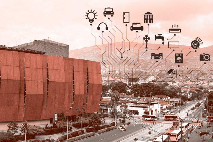 """¿Qué busca Medellín con el """"valle del software""""?"""