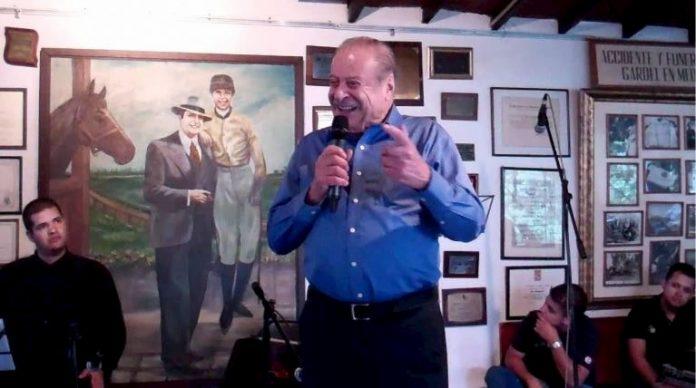 Don Leo murió en la ciudad Medellín el 20 junio del 2020 a los 94, a cuatro días del aniversario número 85 del fallecimiento de Carlos Gardel.