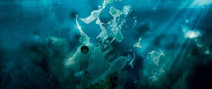 Contaminación en el mar por plástico