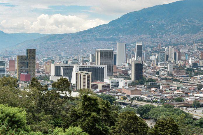 Cuarentena en Medellín para el puente de reyes