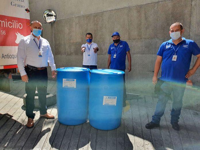 Donación de desinfectante a la Mayorista