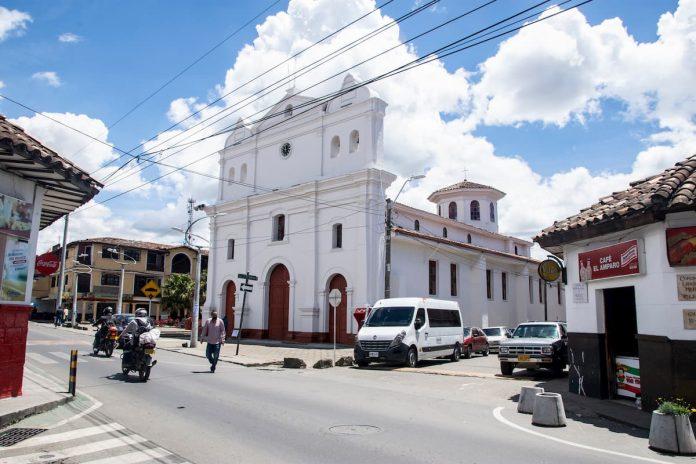 Pico y cedula en Rionegro