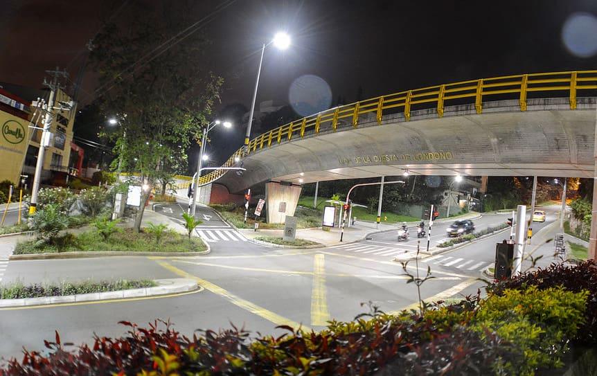 Toque De Queda En Medellin En Las Noches De Este Viernes 28 Y Sabado 29 De Agosto Periodico Vivir En El Poblado