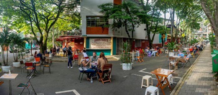 Provenza calle 35 espacio al aire libre