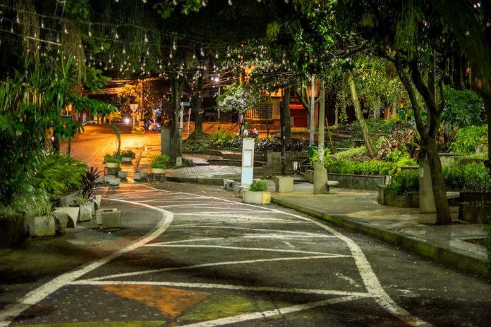 Toque de queda en Medellín