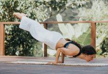 Andrea Fernández de @radhi.yoga
