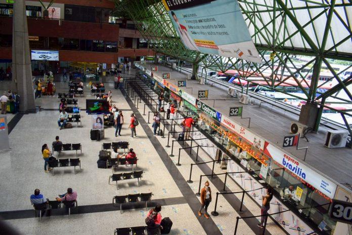 Operación de Terminales Medellín en el toque de queda