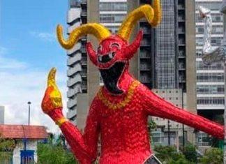 Diablo del Carnaval de Riosucio en los alumbrados de Medellin