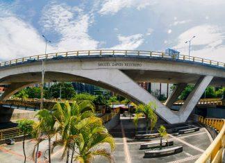 nombres de obras públicas vías y parques en Medellín
