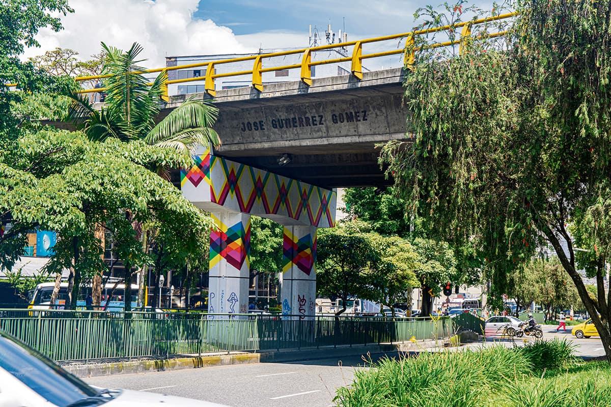 Puente José Gutiérrez Gómez en la calle 10 con avenida Las Vegas.