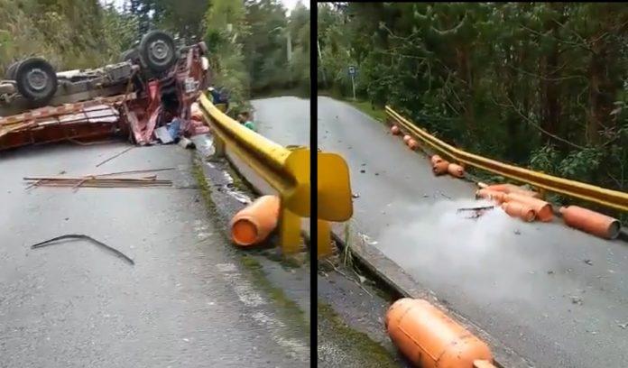 Cierre total de la vía de El Escobero por accidente Loma del Escobero