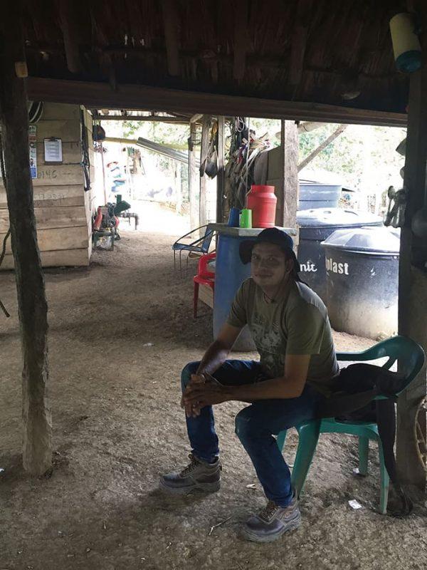 Wilmar Andrade, líder de la asociación campesina Asoagro.  Los habitantes de los Montes de María siguen empeñados en sacar adelante a sus familias gracias a la fertilidad de sus fincas.