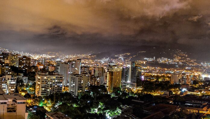 El Toque de queda Nocturno por la Vida en Antioquia