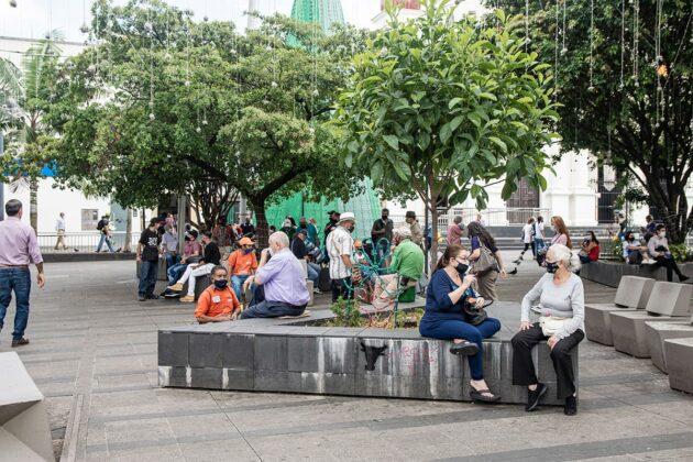 En el parque de Envigado perdura el encuentro ciudadano