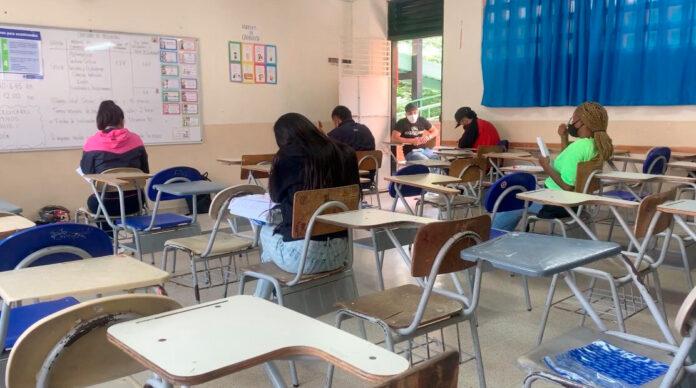 Este miércoles inicia la alternancia en las instituciones educativas oficiales de Medellín