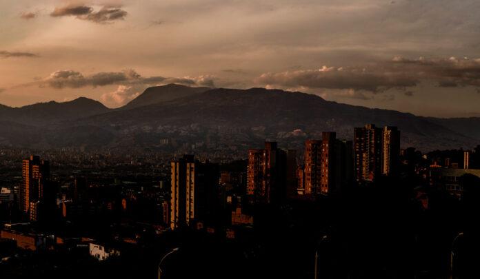 La Gobernación de Antioquia extendió el toque de queda nocturno hasta el 17 de febrero en todas las subregiones