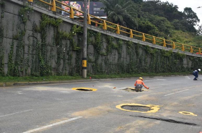 Cuál fue el motivo del cierre en la avenida Las Palmas en Medellín