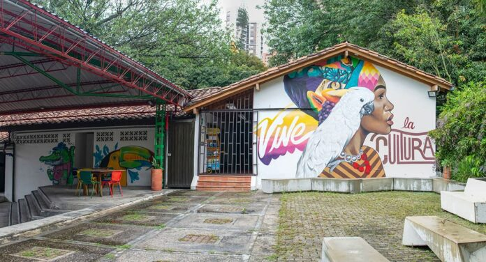 Casa de la Cultura de El Poblado, comunidad y memoria