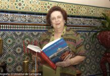 Teresita Román de Zurek y su libro Cartagena de Indias en la Olla