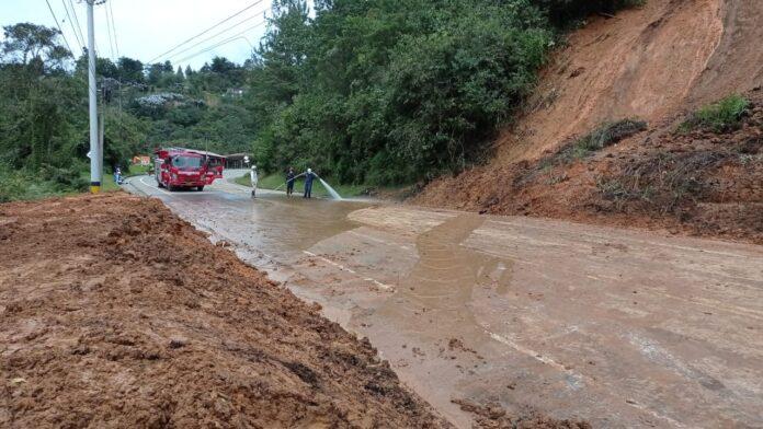 Habilitan, con paso restringido a un carril, sector Carrizales vía Las Palmas - Don Diego