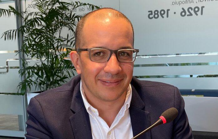 Exministro Jorge Andrés Carrillo, designado nuevo gerente de EPM