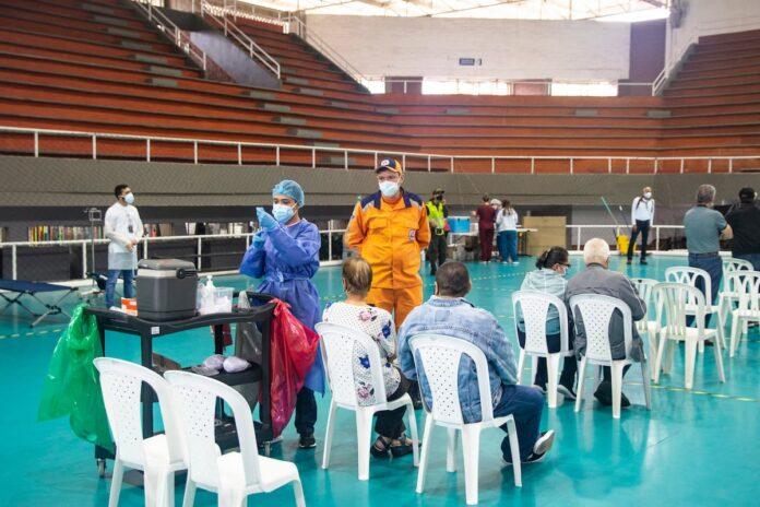 Jornada express de vacunación en Envigado para mayores de 60 años