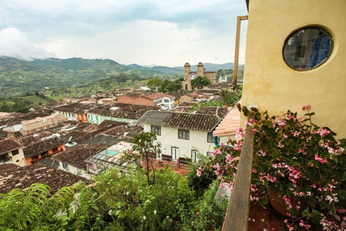 Antioquia es Mágica ¡Recórrela! Campaña para promover el turismo en Antioquia