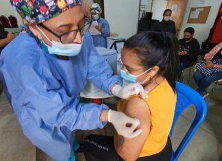 Población de 50 a 59 años, los rezagados en vacunación en Medellín y Antioquia
