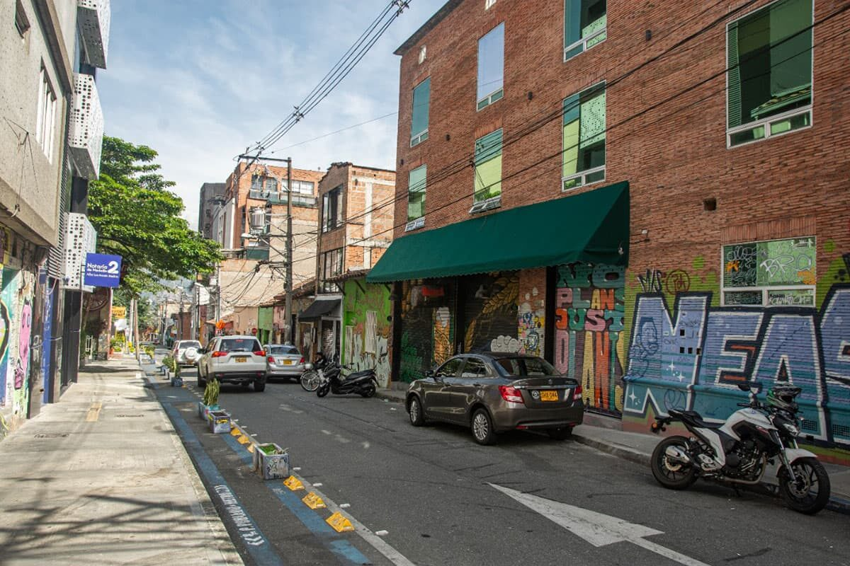 La calle 9, o mejor, la calle del frito de El Poblado