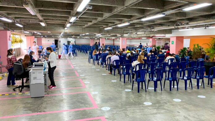 Vacunación en Colombia contra COVID19 al 27 de Julio