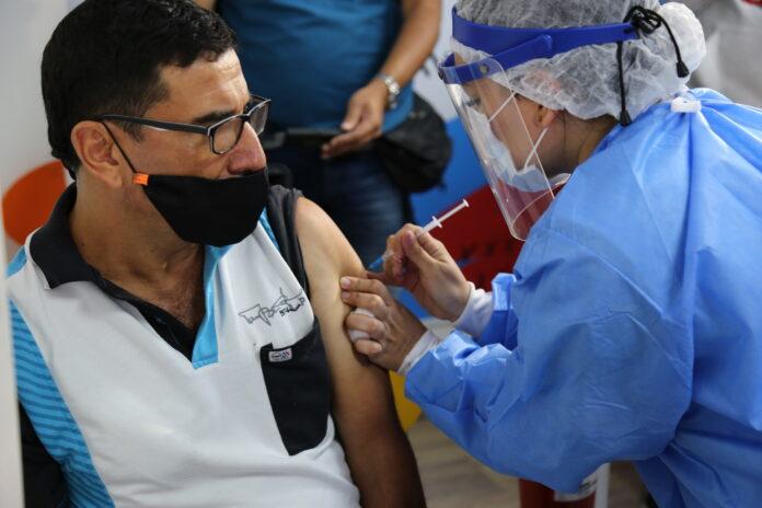 En Antioquia ya han sido aplicadas cerca de 2,3 millones de vacunas contra COVID19