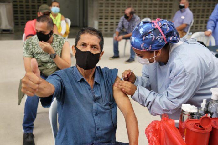 Plan Nacional de Vacunación en Antioquia: 2.126.764 dosis aplicadas
